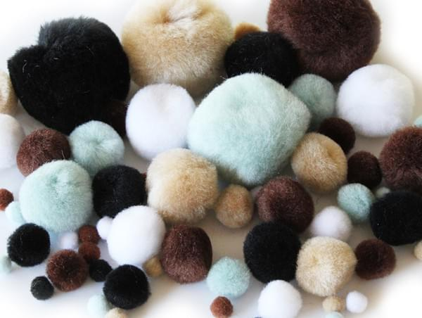 BI8020 Animal Pom Poms pk100 Assorted