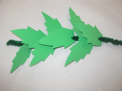 Olympics crafts - make an Olympics laurel wreath